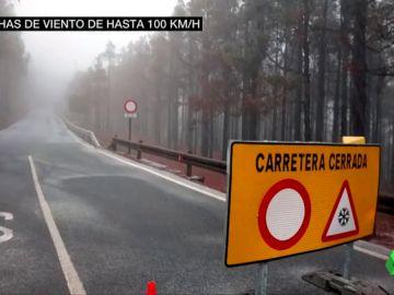 Gran Canaria activa su plan de emergencias después de que cayeran los primeros copos en el Pico de las Nieves