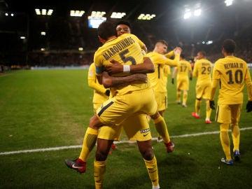 Los jugadores del PSG celebran uno de los goles ante el Nantes