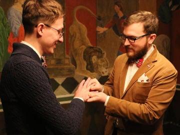 La pareja gay que contrajo matrimonio en Dinamarca