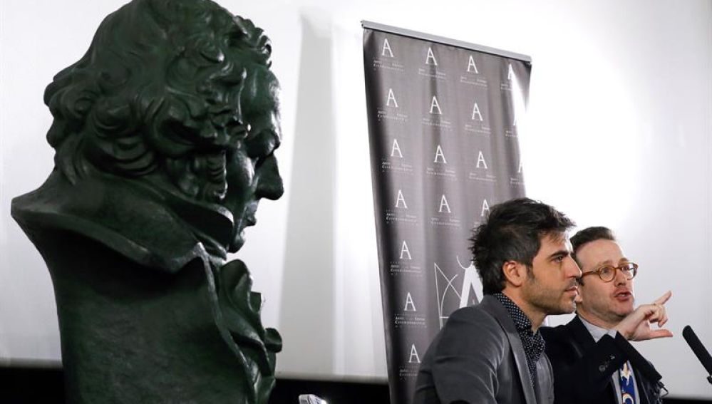 Los presentadores de la gala de la 32º edición de los Premios Goya, Joaquín Reyes y Ernesto Sevilla