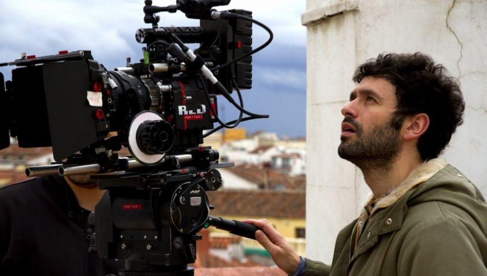 Rodrigo Sorogoyen en un rodaje