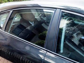 Quique Pina, en un vehículo de la Policía Nacional
