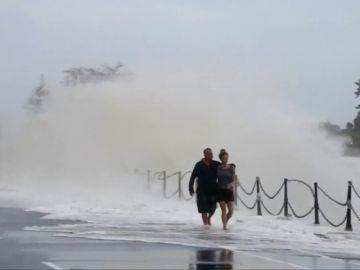 Fuerte temporal deja aislados a 700 turistas en Isla Sur de Nueva Zelanda