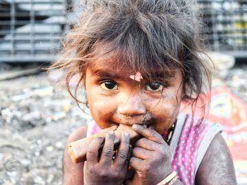 Imagen de archivo de una niña india