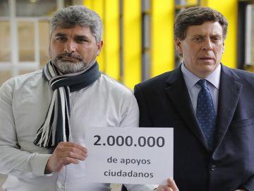 Juan José Cortés, padre de Mari Luz, y Juan Carlos Quer, padre de Diana