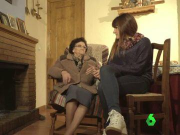 Rozalén y la abuela Ángeles