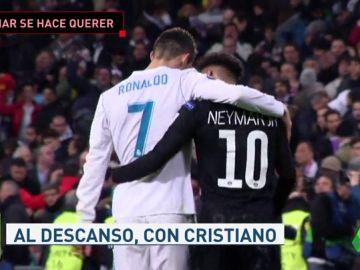 Neymar se hizo querer en el Bernabéu: buscó los 'mimos' de los jugadores del Madrid