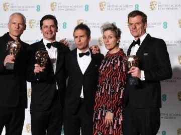 'Tres anuncios en las afueras' triunfa en los BAFTA