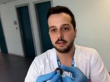 Un enfermero explica en qué consiste la embolia gaseosa