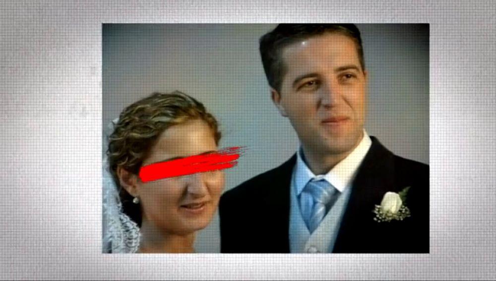 Sandra y Manuel en una foto el día de su boda