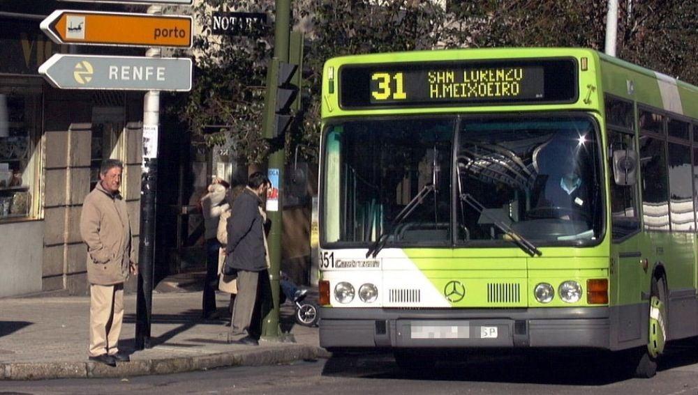 Imagen de una parada de autobús en Vigo