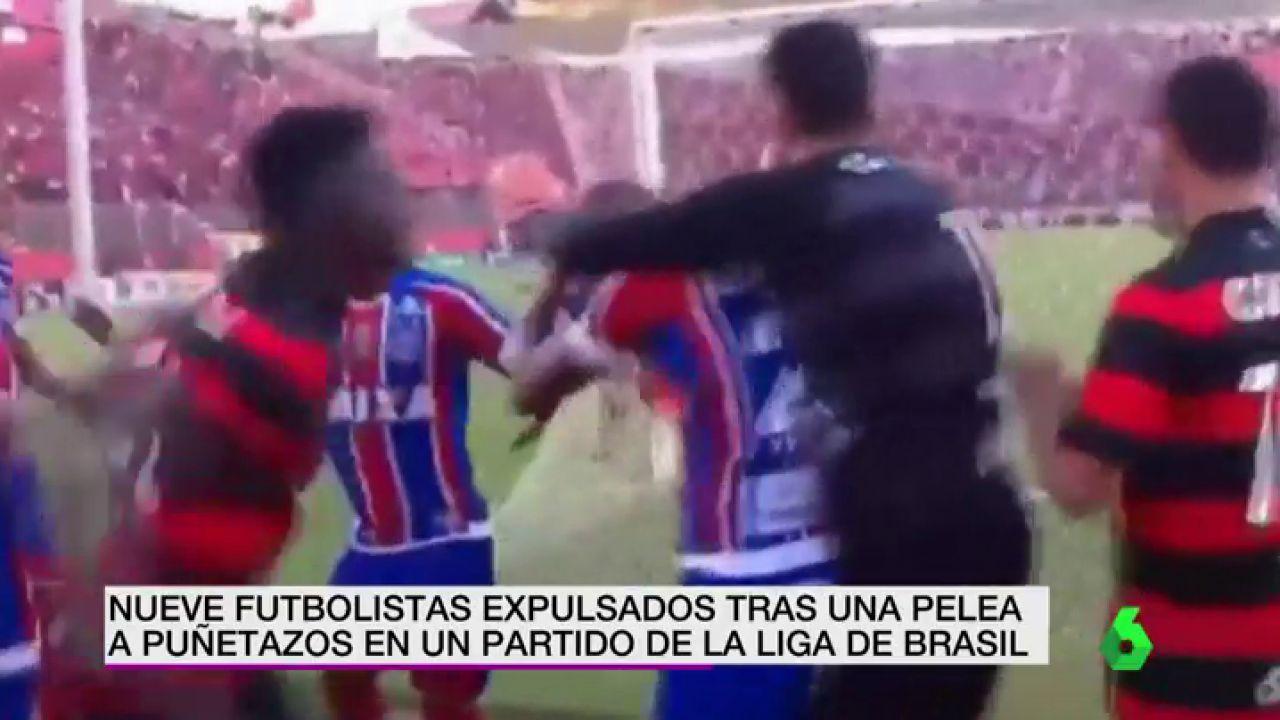 Brutal pelea con nueve expulsados tras una polémica celebración en Brasil  a4e3e588120