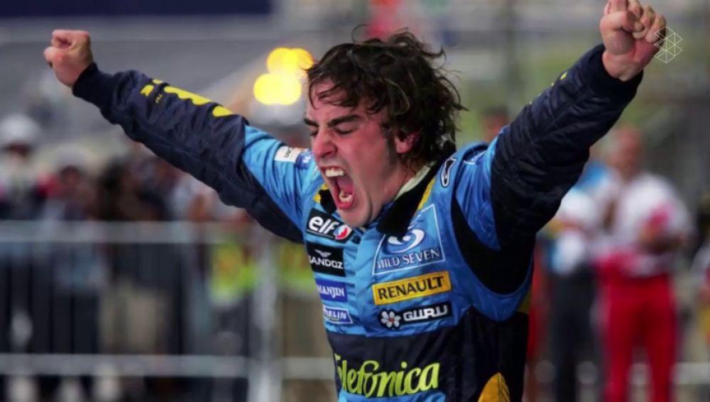 Alonso celebra uno de sus Mundiales