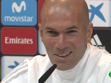 """Zidane, sobre su futuro: """"Estoy bien aquí y voy a pelear por quedarme"""""""