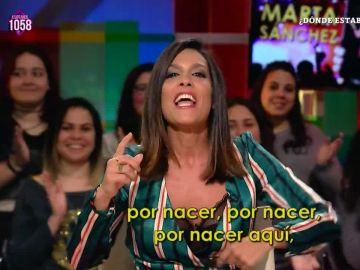 Lorena Castell versiona la letra del himno de España de Marta Sánchez