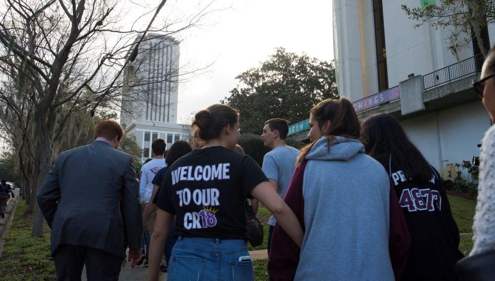 Marcha juvenil por el control de armas en EEUU