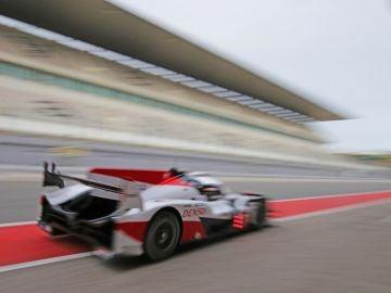 """Alonso en el  """"TS050 Hybrid"""" de Toyota"""