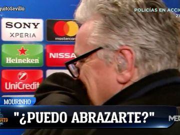 Mourinho abrazó a un periodista que le preguntó por McTominay y no por Pogba