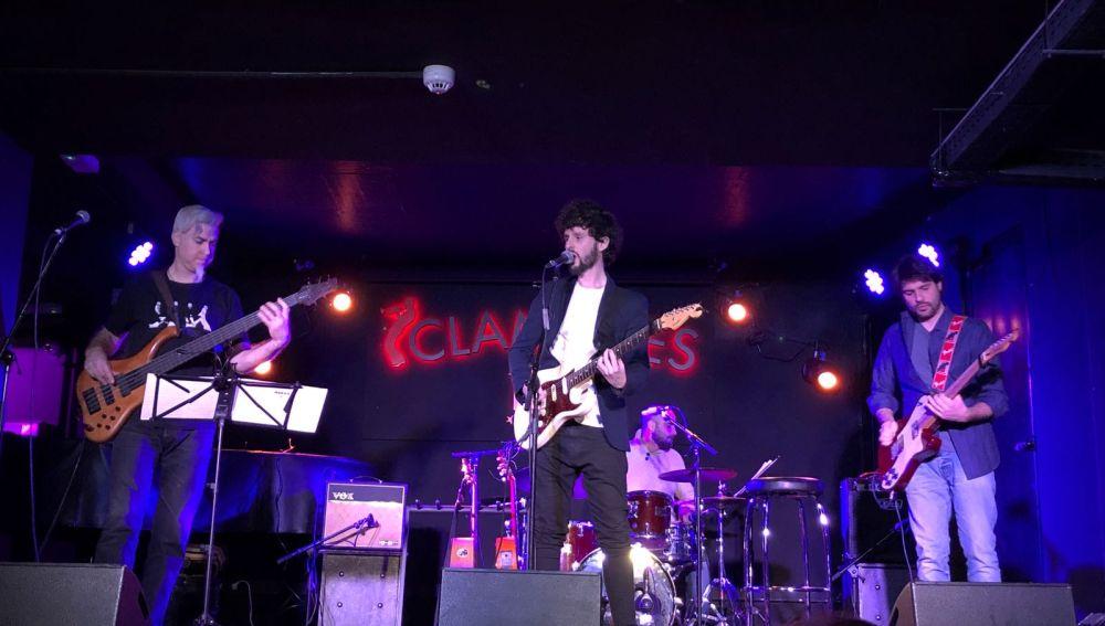 Pepe Carmona durante el concierto