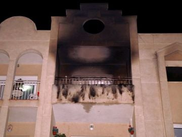 Casa incendiada en Albolote, Granada
