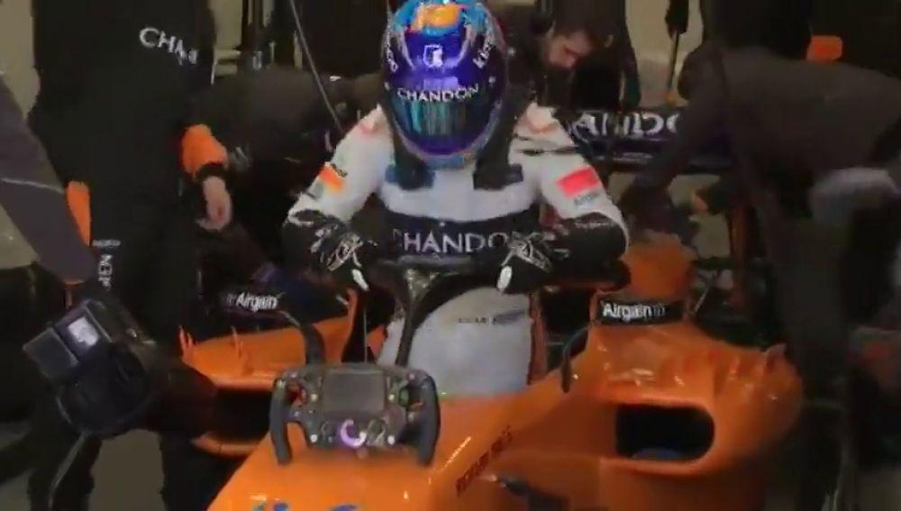 """Fernando Alonso, al ver el nuevo MCL33 de McLaren: """"Me siento ilusionado, pero soy aprensivo"""""""