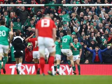 Irlanda celebra el ensayo de la victoria ante Gales
