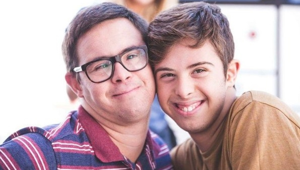 Salva y Pablo, protagonistas de 'Distintos'