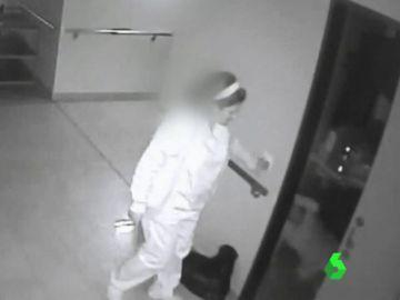 Trabajadora de una residencia que no atendió a una anciana