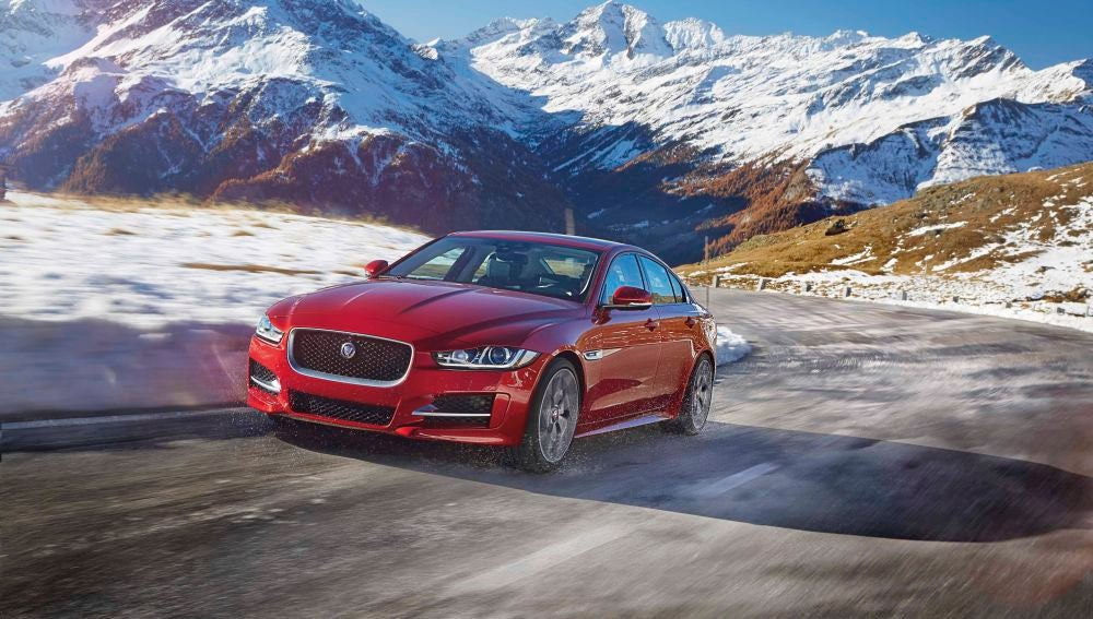 JAGUAR_XE_AWD_Location_03.jpg