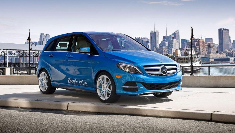 Mercedes-Benz-B-Class_Electric_Drive-2015-1280-01-e1504528801173.jpg