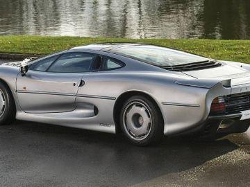 jaguar-xj220-rhd-0116-02.jpg