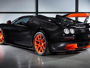 Bugatti-Veyron_Grand_Sport_Vitesse.jpg