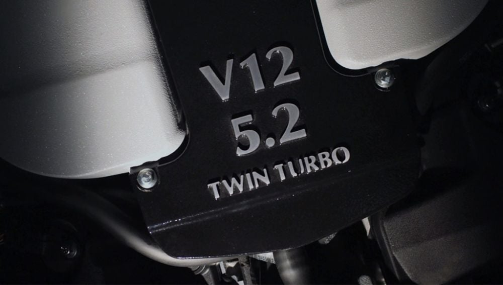 aston-martin-v12-twin-turbo-0116-00.jpg