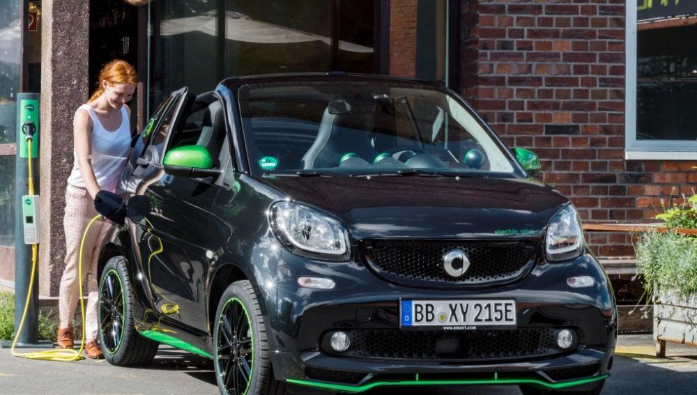 Smart se electrifica por completo: a partir de 2019 todos sus coches serán eléctricos 58