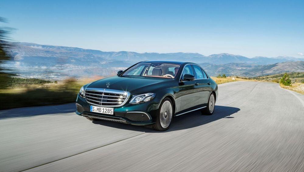 Mercedes-Benz-Clase-E-2016-1.jpg