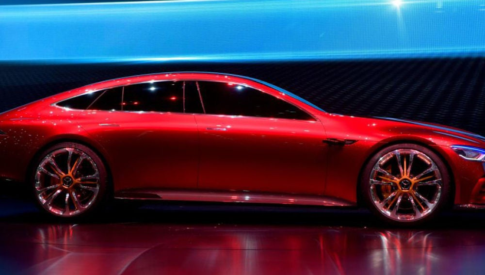 MB_AMG_GT_CONCEPT-LATERAL.jpg