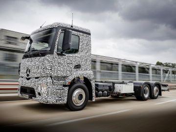 Mercedes-urban-e-truck-camion-electrico-2016-01.jpg