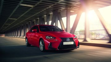 lexus-is-2017my9.jpg