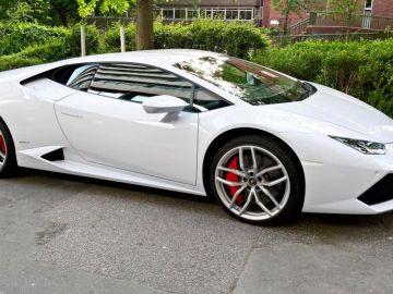 Lamborghini-Hurac%C3%A1n-taxi.jpg