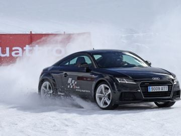Audi-Winter-driving-experience-2017.jpg