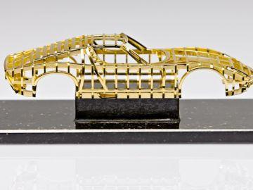 Lamborghini-Miura_oro-macizo_3.jpg