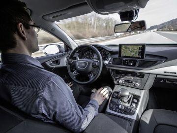 audi-conducci%C3%B3n-aut%C3%B3noma-110315-02.jpg