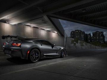 2019-Chevrolet-Corvette-ZR1-004-1.jpg