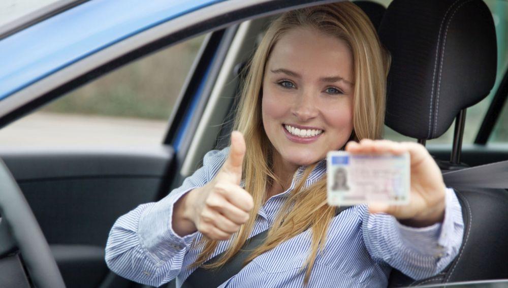 carnet-conducir-trafico-0617-01