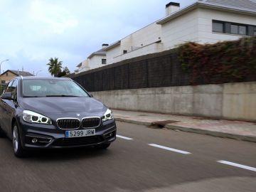 BMW-225-XE1.jpg