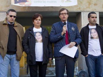 Familiares buscan a María Piedad García