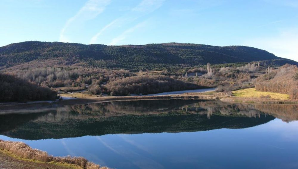El lago de Montcortès (Lleida)