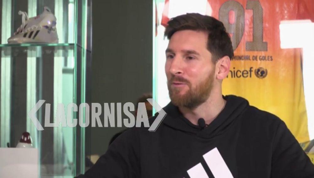 """Messi: """"Antes cogía la pelota y hacía mi jugada, ahora intento hacer jugar más al equipo"""""""