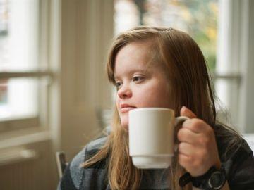 Una mujer con síndrome de Down