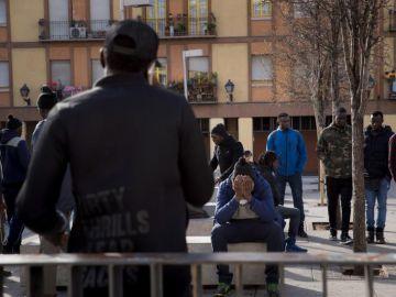 Vista de la concentración el la plaza Nelson Mandela del barrio de Lavapiés